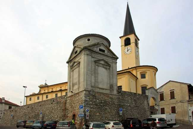 Borgo Ticino foto del paese