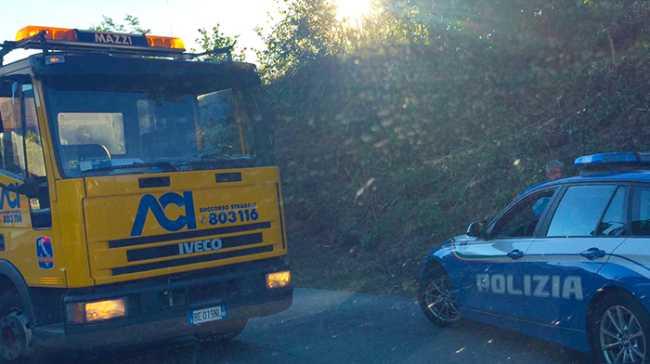 carro attrezzi polizia