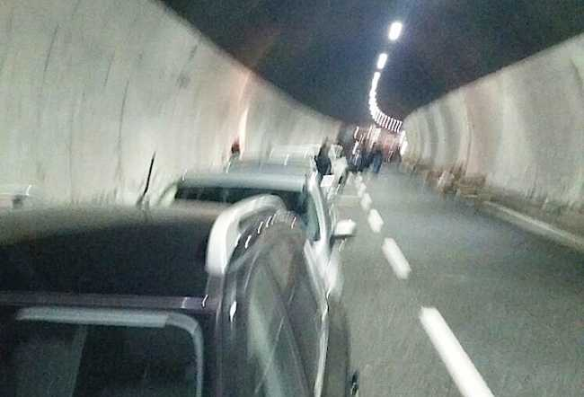 incidente galleria autostrada