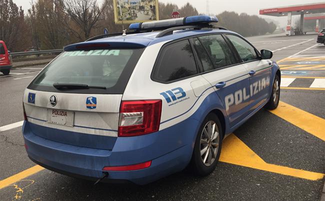 polizia autostrada autogrill