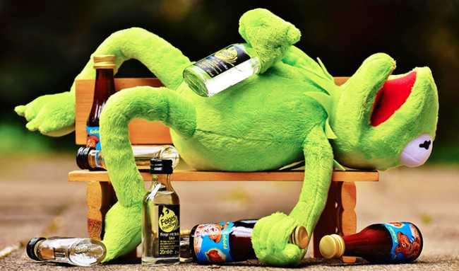 ubriaco ranocchio panchina