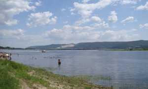 fiume spiaggia